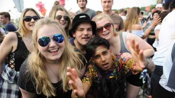 _100447451_oxford-festival