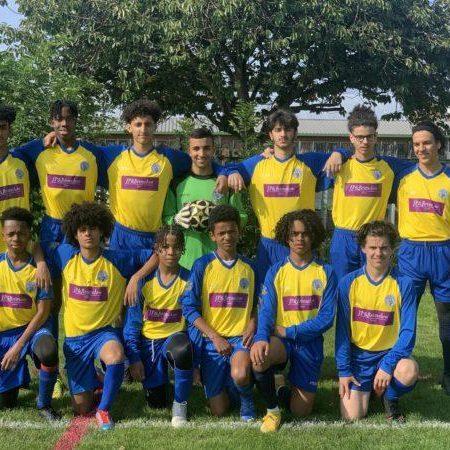 Flecther Moss U16's kit 2021-2022